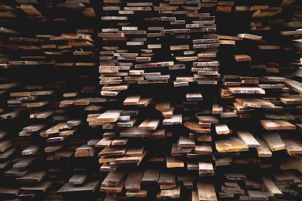 La taxe américaine sur le bois d'œuvre canadien enfreint les règles du commerce international
