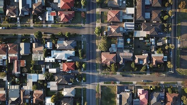 Les hypothèques offertes aux ménages déjà endettés inquiètent la SCHL