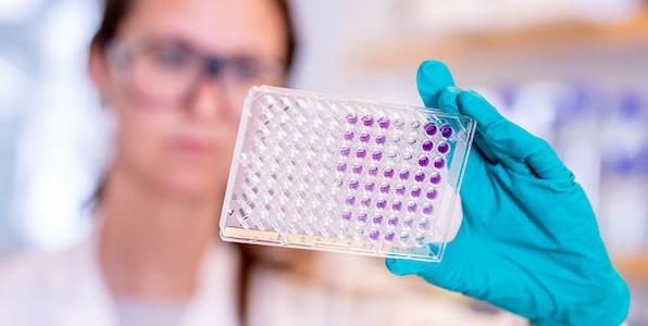 Quelles sont les conclusions de l'enquête menée sur le vaccin d'AstraZeneca en Europe?