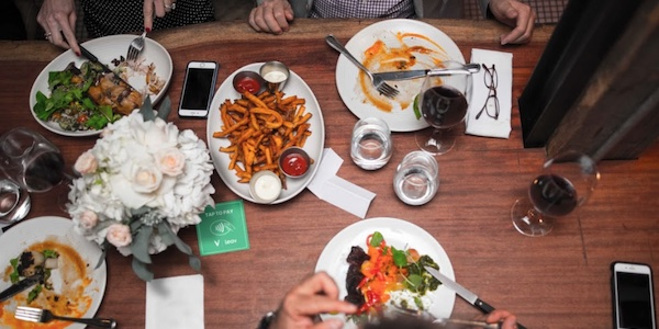 Une technologie montréalaise de paiement sans contact et sans caisse enregistreuse sera en démonstration au Centre Eaton la semaine prochaine