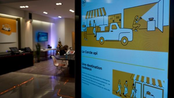 Un centre de formation éphémère voit le jour à Laval pour aider les commerçants québécois à prendre leur virage numérique