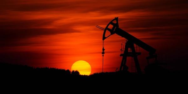 Combien de pétrole et de charbon devra rester dans le sol pour atteindre les cibles climatiques?