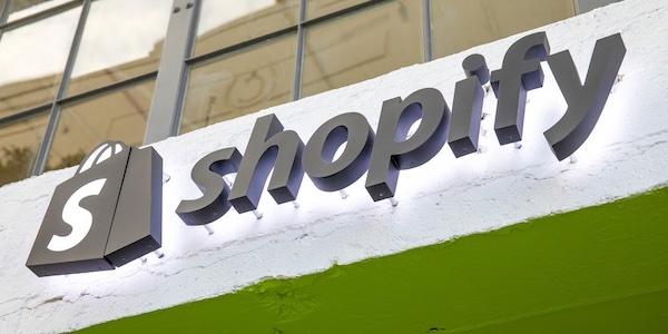 Pour la première fois, les revenus trimestriels de Shopify dépassent le milliard $US