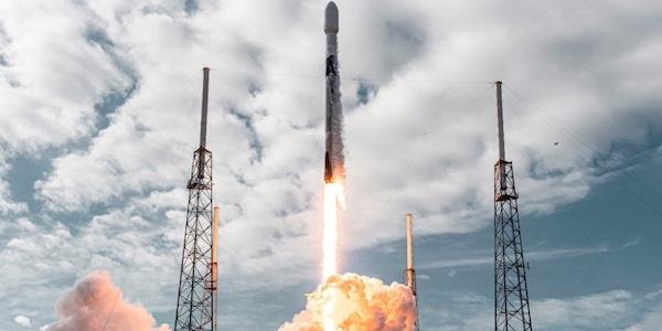 SpaceX établit un nouveau record en envoyant dans l'espace 143 satellites à l'aide d'une seule fusée