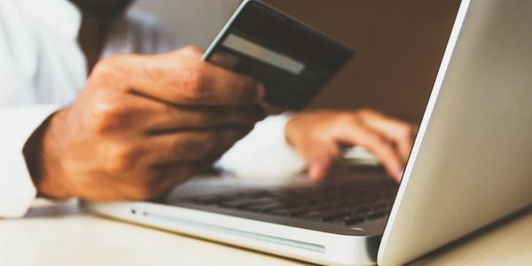 Un quart des Québécois ne semble pas s'être privés dans leurs dépenses de magasinage pendant les Fêtes