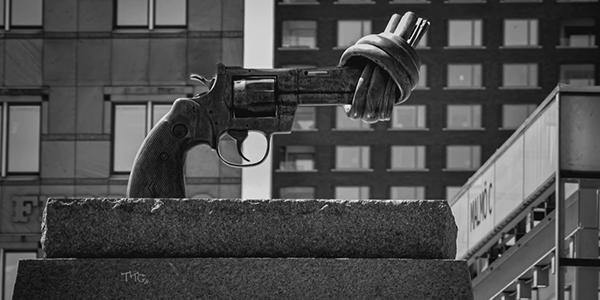 Armes de poing: pourquoi Trudeau reste sourd aux demandes de contrôle