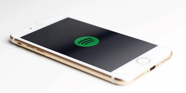 Spotify prend de l'expansion à l'international et regroupe ses outils publicitaires pour la musique et la baladodiffusion