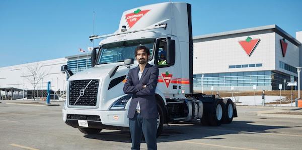 Canadian Tire met des camions de livraison autonomes sur la route en Ontario