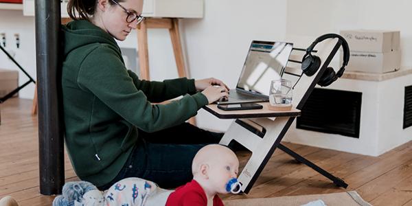Neuf nouveaux télétravailleurs canadiens sur dix se disent au moins aussi productifs à la maison qu'au bureau
