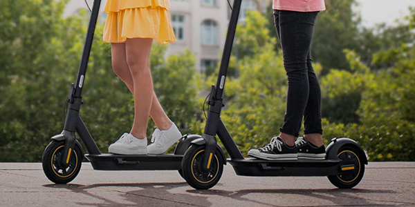 Une trottinette électrique: gadget ou moyen de transport révolutionnaire?