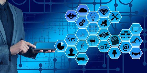 Québec investit 19 millions $ pour des stages en entreprise dans le secteur des technologies de l'information