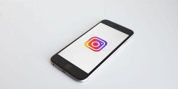 Les usagers d'Instagram peuvent maintenant choisir les pronoms de leur choix