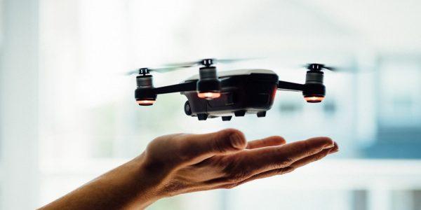 Les gardiens de prison veulent plus d'outils technologiques pour lutter contre les drones