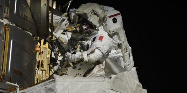 La Station spatiale internationale a un nouveau panneau solaire
