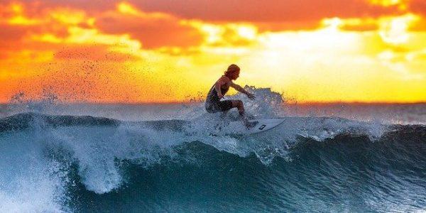Combien de temps encore Legault peut-il surfer sur la vague de la Covid-19?