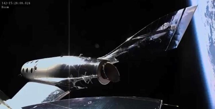 Virgin Galactic obtient le droit d'envoyer des touristes dans l'espace