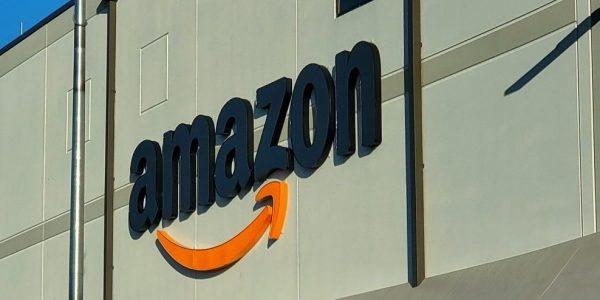 Amazon augmente ses salaires pour embaucher 15000 employés au Canada