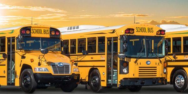 1200 autobus scolaires électriques vendus au Québec, à condition que le gouvernement change ses règles