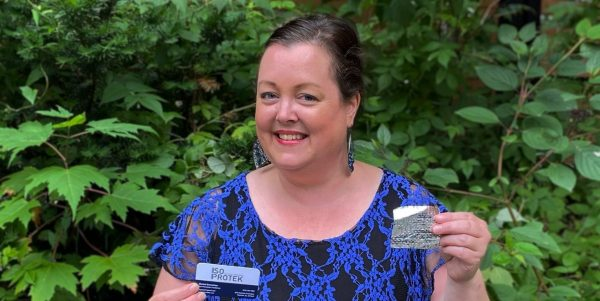 Chantal Bernatchez remporte une bourse pour son projet de bâches thermiques recyclées
