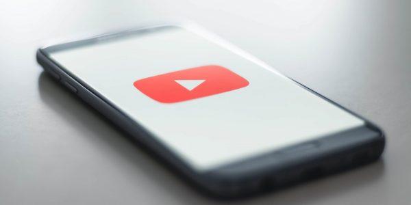 YouTube oriente trop souvent ses usagers vers du contenu répréhensible
