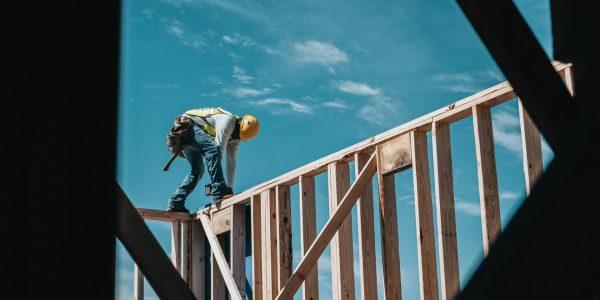 Santé et sécurité au travail: le gouvernement fait l'unanimité contre son projet de réforme