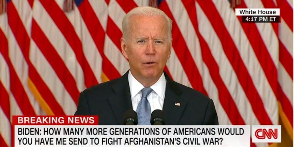 Afghanistan: Biden défend le retrait américain, malgré les critiques