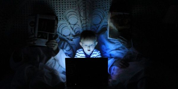 Google prend des mesures pour protéger les mineurs des contenus indésirables