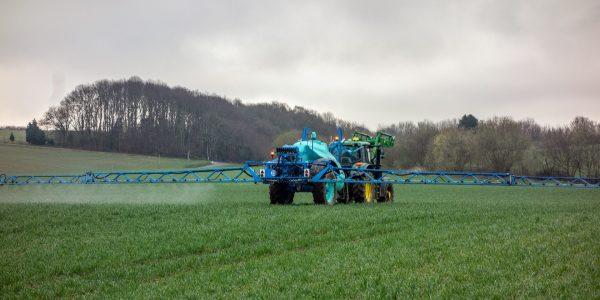 Pesticides: l'Ordre des agronomes du Québec ne veut plus de conflit d'intérêts